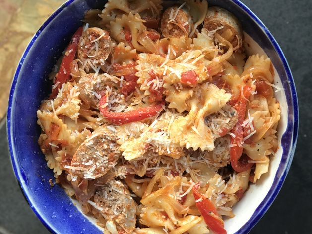 Sausage and Peppers Pasta wide display