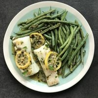 Halibut and Green Beans with Lemon Caper Sauce
