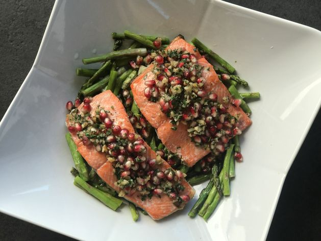 Pomegranate Salmon with Asparagus wide display