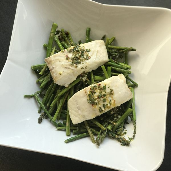 Halibut with Sicilian Lemon Sauce and Asparagus wide display