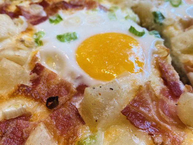 Breakfast Pizza wide display