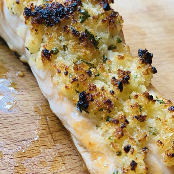 Garlic and Butter Crusted Baked Salmon wide display