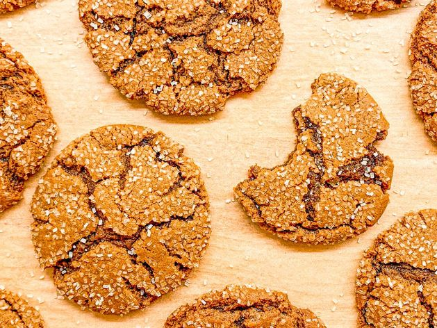 Ginger Molasses Cookies wide display