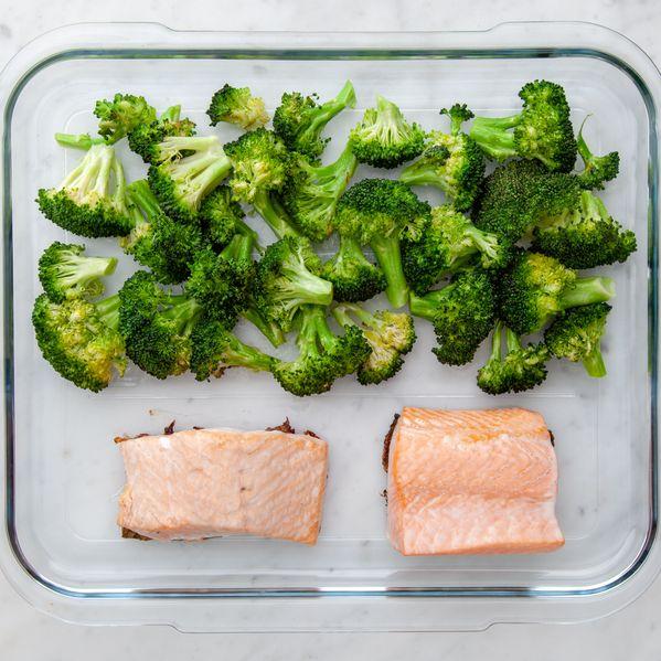 Salmon & Broccoli narrow display