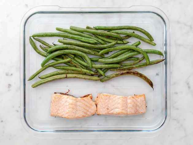 Salmon (Skin on) and Green Beans wide display