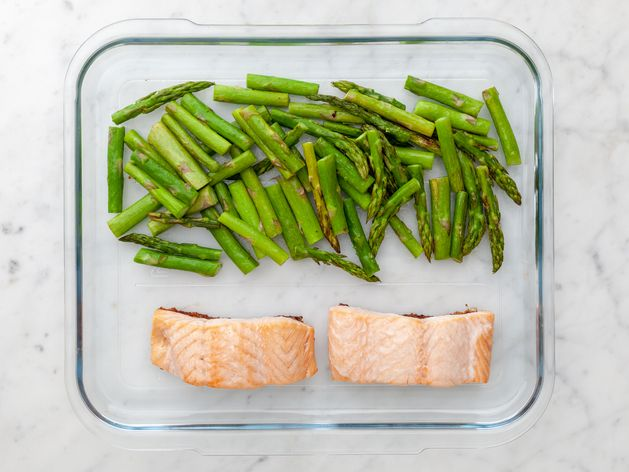 Salmon & Asparagus wide display