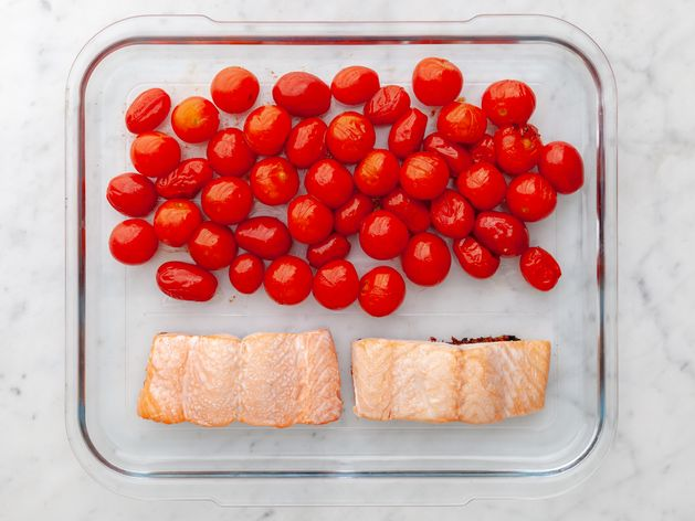 Salmon (Skin on) and Cherry Tomatoes wide display