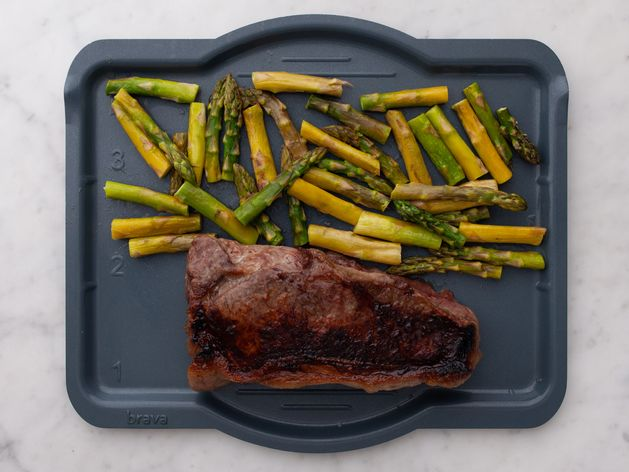 NY Strip Steak and Asparagus wide display