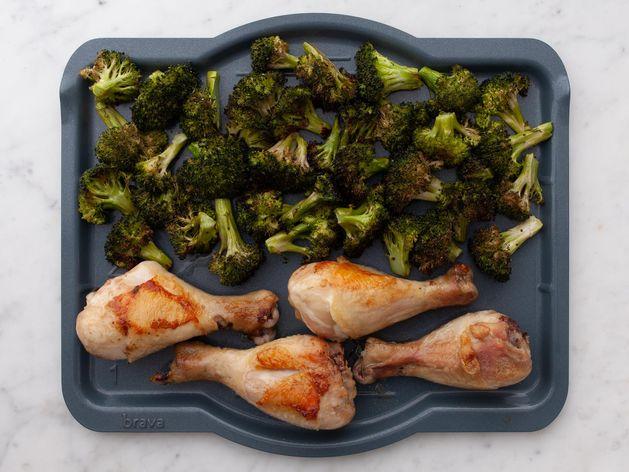Chicken Drumsticks and Broccoli wide display