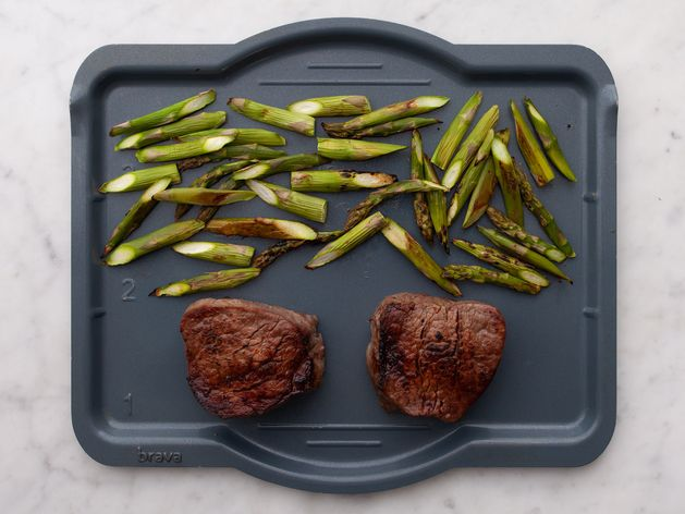 Filet Mignon and Asparagus wide display