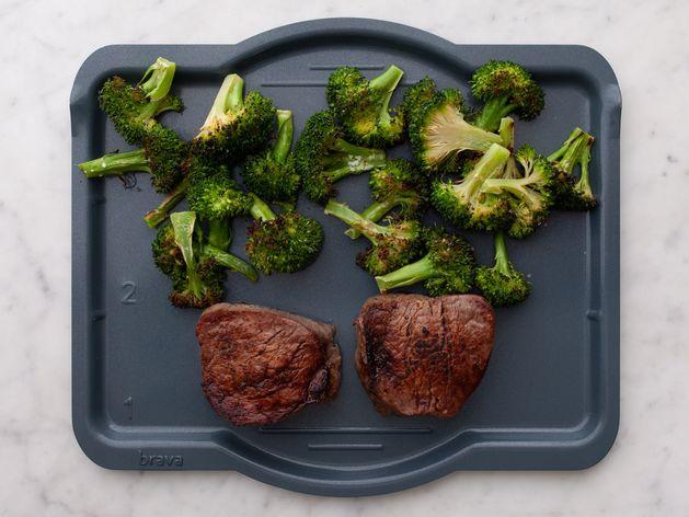 Filet Mignon and Broccoli wide display