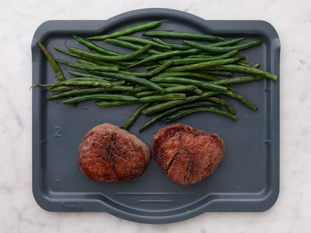 Filet Mignon and Green Beans wide display