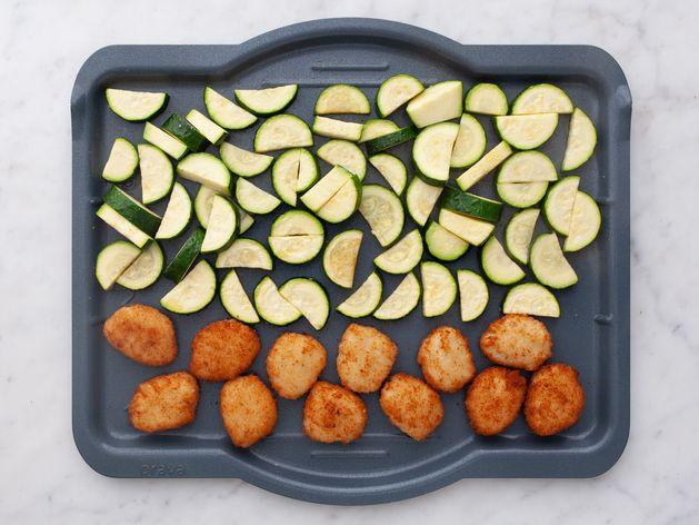 Chicken Nuggets & Zucchini wide display
