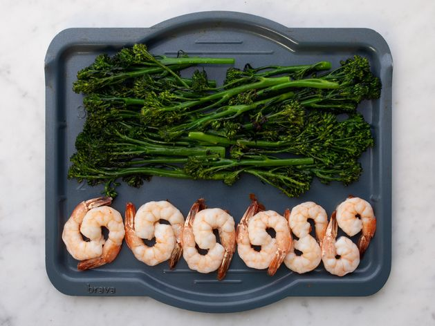 Shrimp and Baby Broccoli wide display