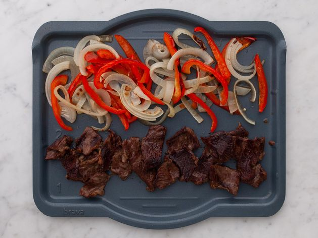 Stir Fry Beef with Onions and Peppers wide display
