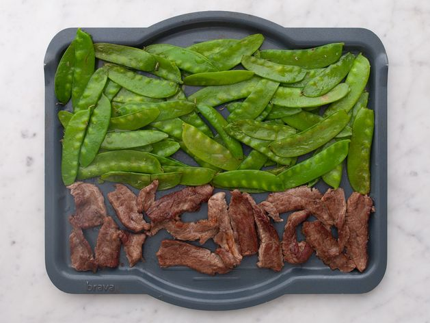 Stir Fry Beef and Snow Peas wide display