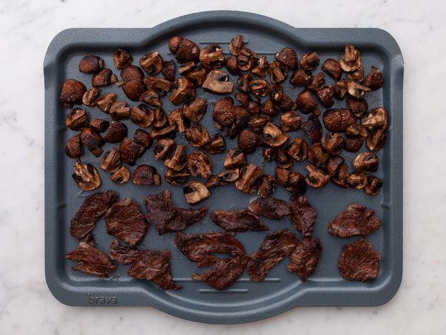 Stir Fry Beef and Mushrooms wide display