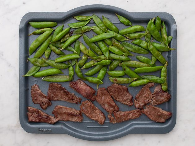 Stir Fry Beef and Snap Peas wide display