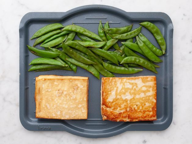 Tofu and Snap Peas wide display
