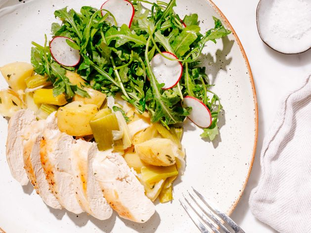 Chicken Breasts with Potatoes and Leeks wide display