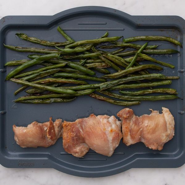 Chicken Thighs (Boneless and Skinless) with Green Beans narrow display