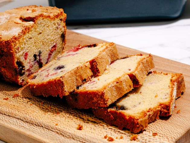 Berry Pound Cake wide display