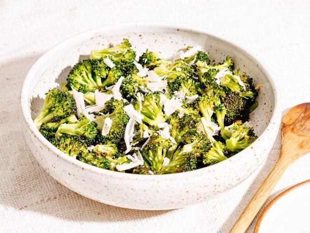 Garlic Roasted Broccoli wide display