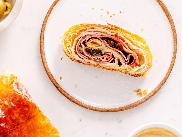 Venezuelan Ham Roll up (Pan de Jamón)