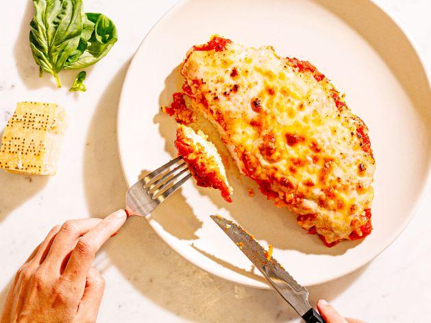 Chicken Parmesan wide display