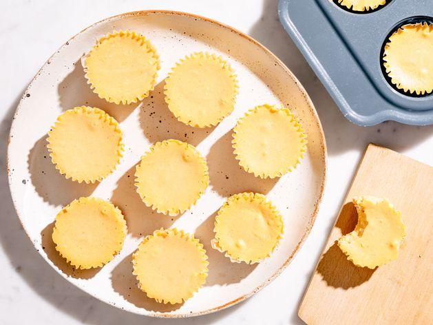 Mini Pumpkin Cheesecakes wide display