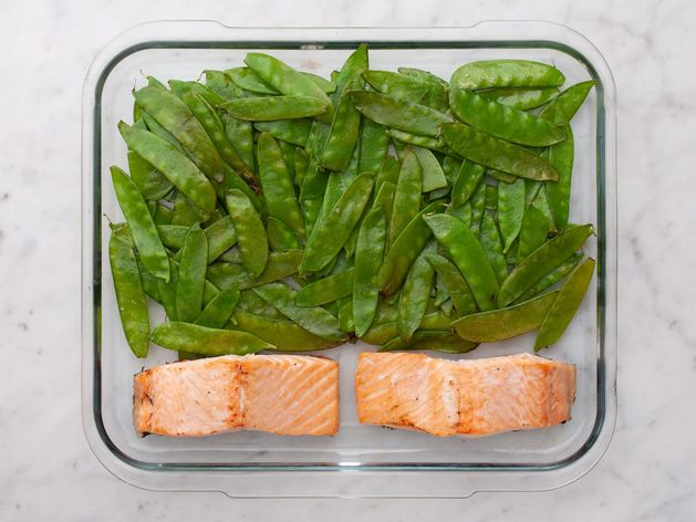Salmon (Skinless) and Snow Peas wide display