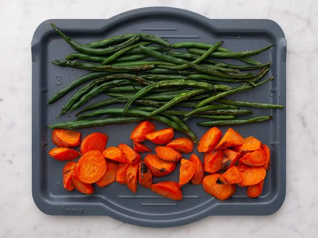 Carrots and Green Beans wide display