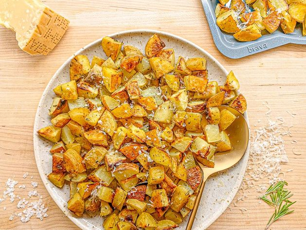 Roasted Rosemary Parmesan Potatoes wide display