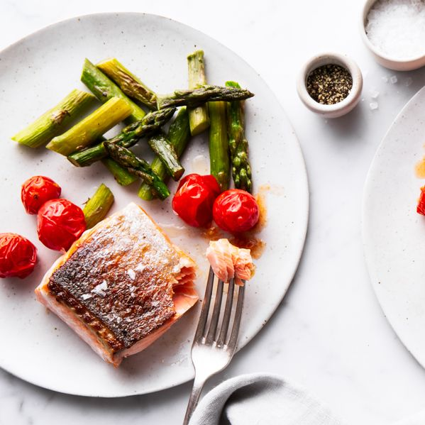 Salmon Filet, Asparagus and Cherry Tomatoes narrow display