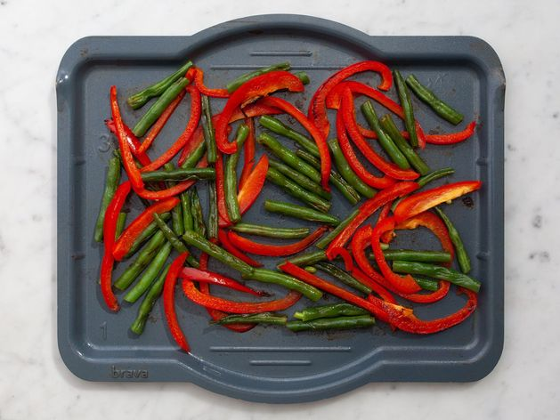 Green Beans and Bell Peppers wide display