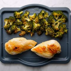 Chicken Breasts & Broccoli