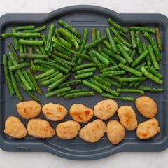 Chicken Nuggets & Green Beans
