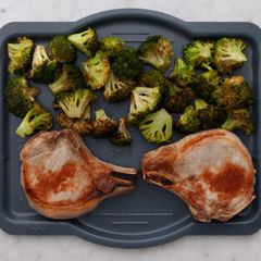 Bone-In Pork Chops & Broccoli